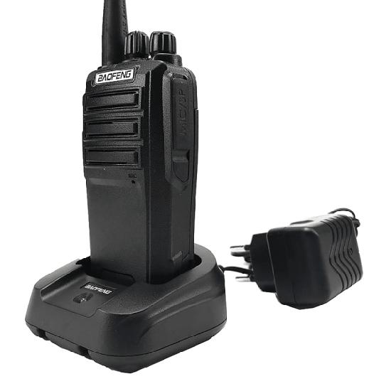 Портативная двухдиапазонная радиостанция Baofeng UV-6