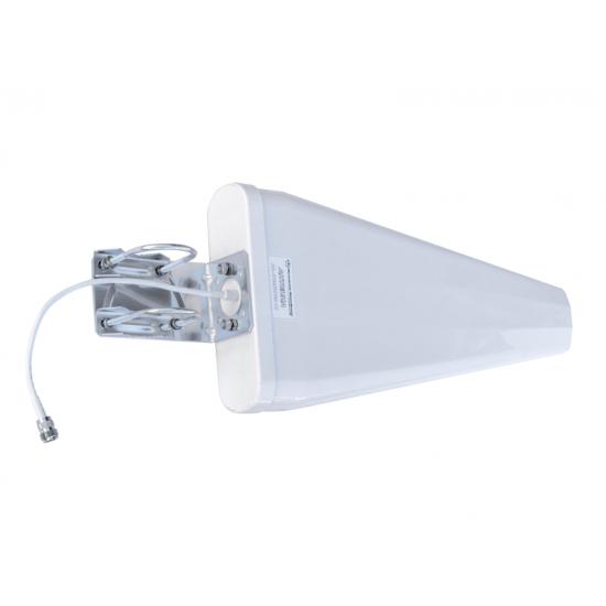 Направленная всепогодная антенна GSM-900/1800/3G/UMTS/Wi-Fi сигнала DL-700-2700-11