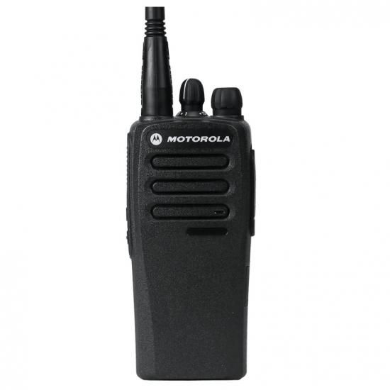 Портативная аналогово-цифровая радиостанция Motorola DP1400 UHF